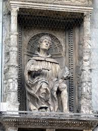 Statue of Pliny the Younger on the façade of Cathedral of S. Maria Maggiore in Como.