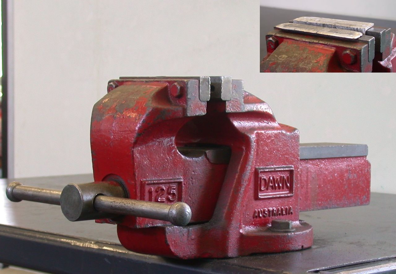 Engineer's Bench Vise